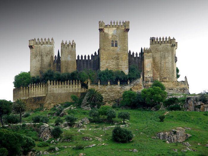 Castles from Game of Thrones - Castillo Almodóvar, Spain