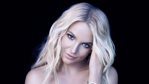 Britney Spears - women who proposed to their men