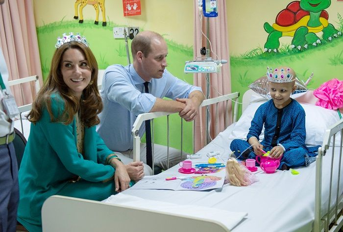 prince William and Kate visit to shaukat khanum hospital
