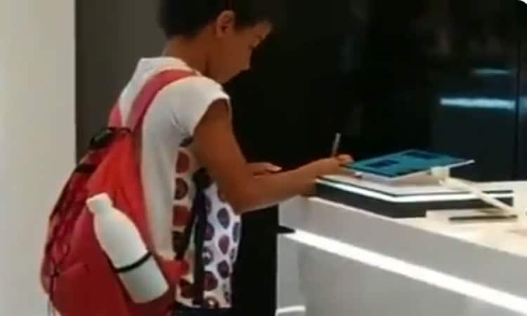 A Boy with No Computer