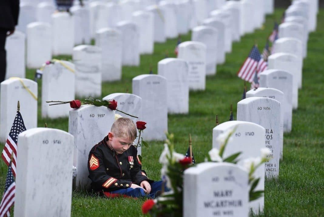 """Memorial Day"" by Matt McClain. Arlington, U.S. 2° Classified, Documentary & Photojournalism"