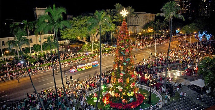 Honolulu, Hawaii - Best Christmas Towns