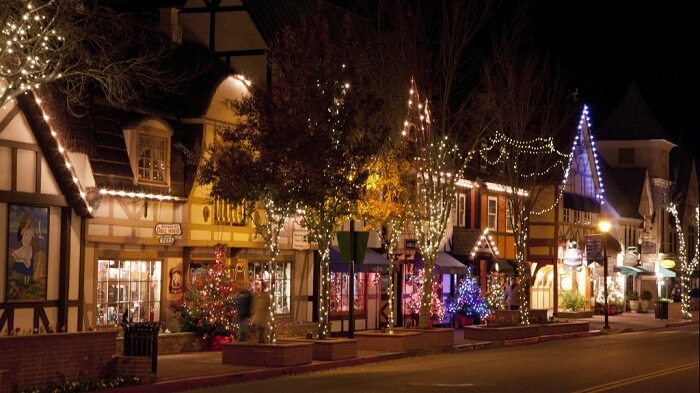 Solvang, California - Best Christmas Towns