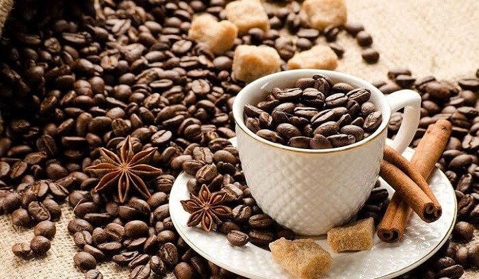 Caffeine - Foods to avoid for healthy kidneys
