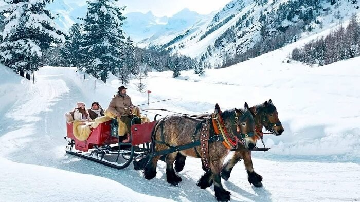 Horse carriage in St. Moritz
