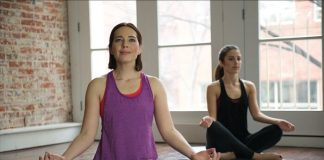 Yoga for Weight Loss: 5 Poses to Get in Shape