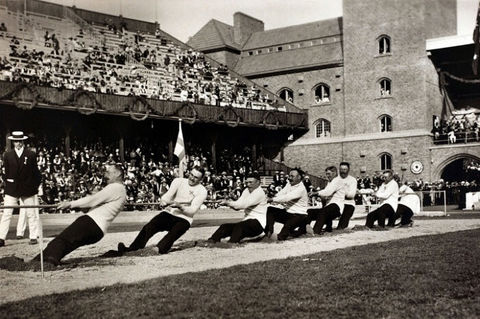 Tug-of-war - Weird Sports in the Olympics