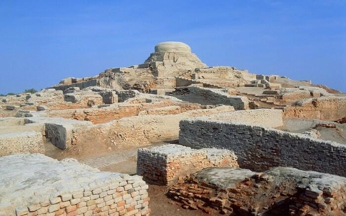 Mohenjo-Daro, Pakistan - World's Greatest Lost Cities