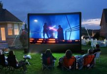 What Do You Need For Your DIY Backyard Movie Theatre?