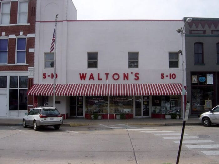 Walmart – 1962 - Famous Companies First Store