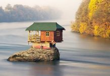 Top 10 World's Most Isolated Places You Should Visit after Quarantine